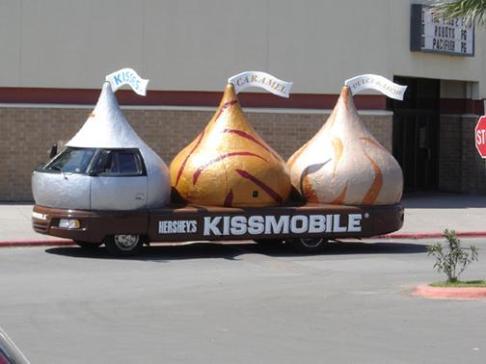 kissmobile.JPG